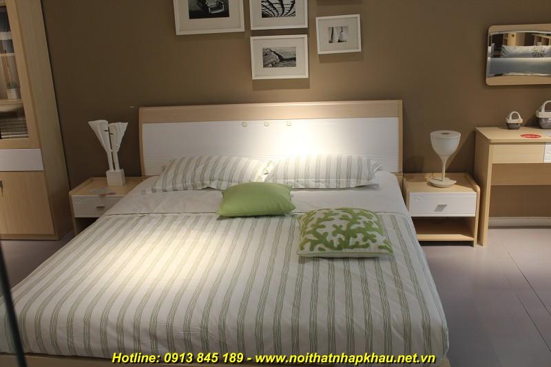 Giường ngủ F3017D