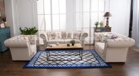 Không gian phòng khách thu hút với ghế sofa màu trắng
