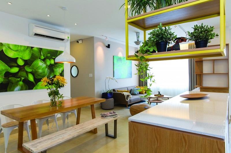 Không gian bếp mở nối liền phòng khách